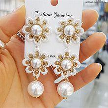 48774耳钉式, 植物, 平面/立体几何图形花 圆形 珠子