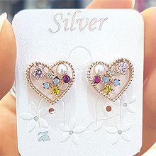 47441耳钉式, 心形心形 珠子 圆形