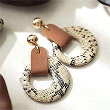 51671耳钉式圆形 蛇纹