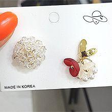 51763耳钉式, 心形, 植物花 不对称 珍珠 珠子心形