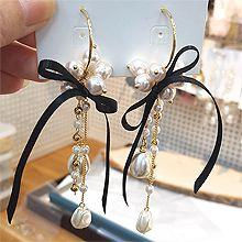 51845耳钉式, 蝴蝶结C形 水滴形 蝴蝶结 珍珠 珠子