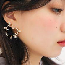 51885耳钉式, 心形心形 珍珠 珠子