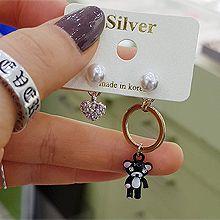 51897耳钉式, 心形, 动物心形 小熊 圆形 珍珠 不对称 珠子 后挂式