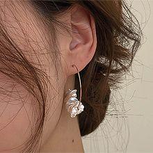 51962耳钉式巴洛克珍珠  圆形 C形