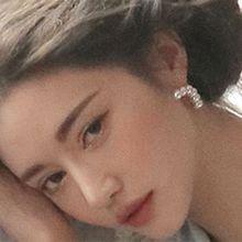 52116耳钉式珍珠 珠子 弧形