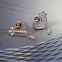 52194耳钉式, 心形心形 珍珠 珠子