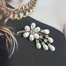 52161植物花 水滴形 珍珠 珠子 胸针