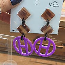 49788耳钉式, 字母数字/符号圆环 字母 H  菱形