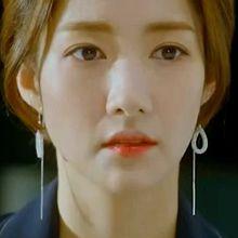 50301耳钉式水滴形 圆形 后挂式 蛇链 明星款 韩剧 她的私生活 朴敏英