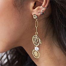 51398耳钉式, 字母数字/符号, 植物花 珍珠 珠子 椭圆形 人