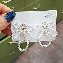 52529耳钉式, 蝴蝶结, 植物蝴蝶结 珠子 圆形 珍珠 花