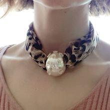 54332绳子形, 单层链, 植物豹纹 珠子 珍珠 花 布