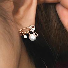 54440耳钉式, 字母数字/符号别针 字母 珠子 珍珠