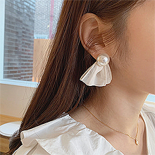 53134耳钉式, 蝴蝶结, 平面/立体几何图形, 其他形状蝴蝶结 圆形 珍珠