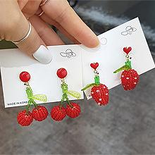 53422耳钉式, 心形, 植物草莓 樱桃 编织 珠子 心形 叶子