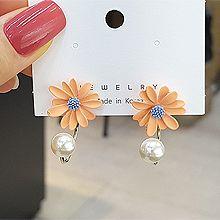 53476耳钉式, 植物花 珠子 珍珠 雏菊 后挂式