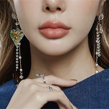 56301耳钉式, 心形心形 水滴形 珍珠 珠子 不对称