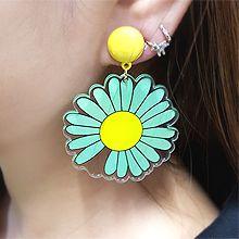 55093耳钉式, 植物花 雏菊 圆形
