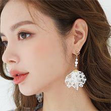 55767耳钉式, 心形蕾丝 心形 珍珠 珠子